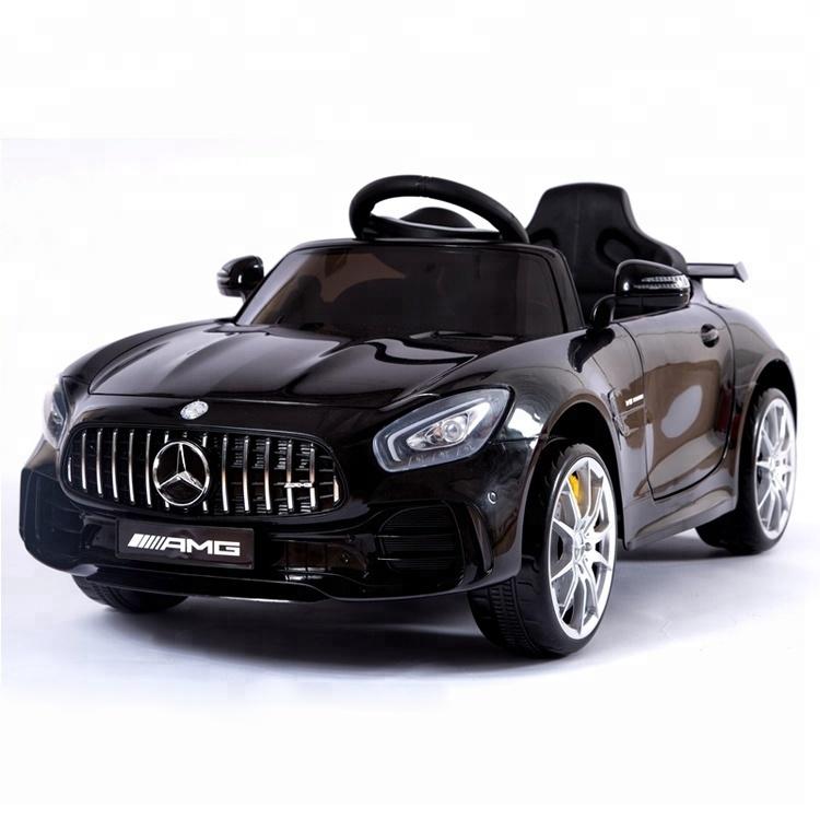 מרצדס GTR ספורט שחורה ממונעת לילדים עם שלט וגלגלי גומי אמיתיים 12 וולט